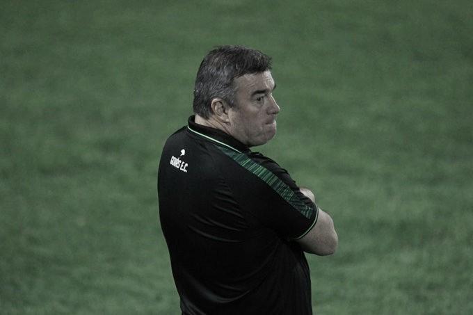 Erros, Náutico e surpresa na escalação: Pintado fala após empate do Goiás com Vitória