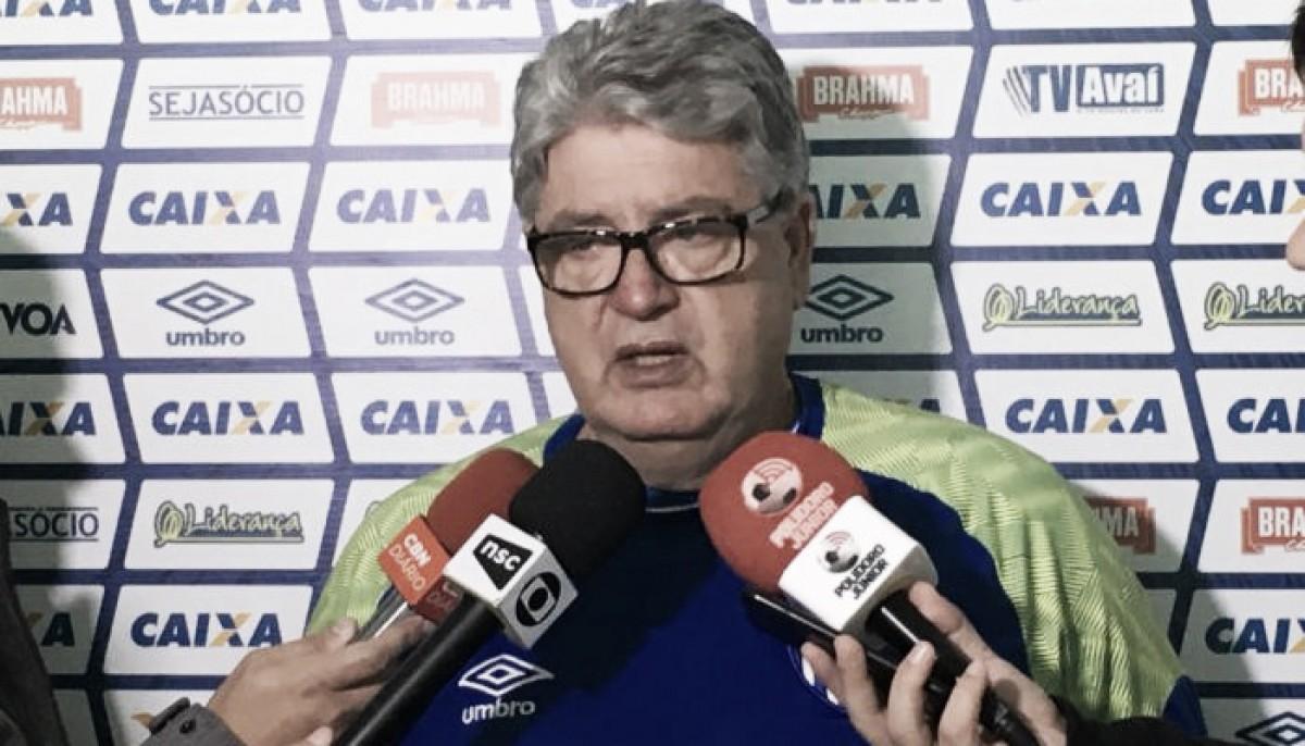 Geninho valoriza empate obtido pelo Avaí em Fortaleza mesmo com atuação abaixo do esperado