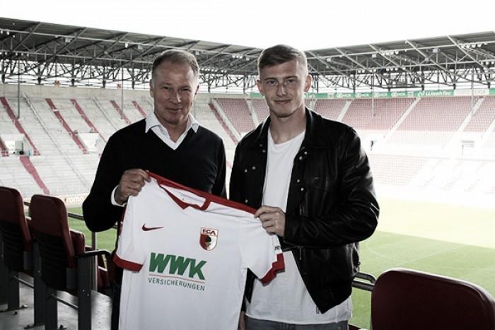 Após participar no acesso do RB Leipzig, Teigl é anunciado reforço do Augsburg