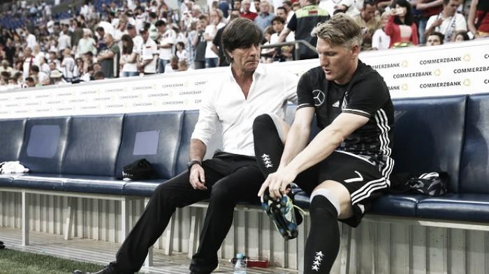 """Recuperado de lesão, Schweinsteiger projeta Eurocopa: """"Estou confiante"""""""