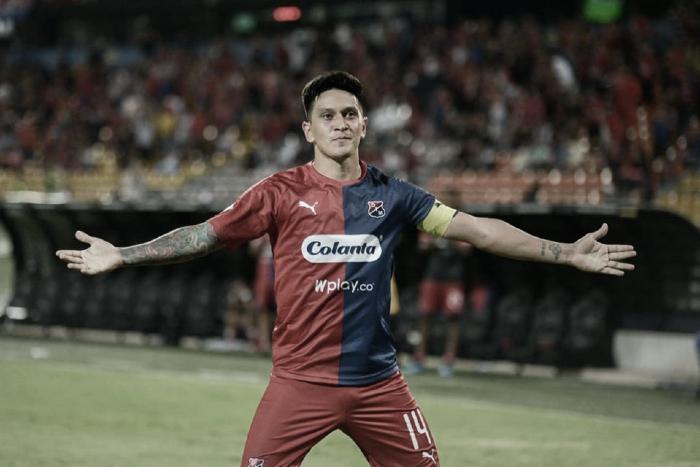 El goleador Germán Cano se llevó el botín de oro en la Copa Aguila