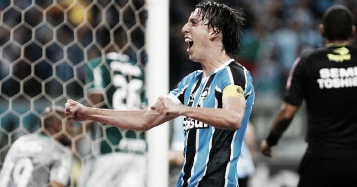 """Com triunfo, jogadores do Grêmio abordam G-6: """"Temos total capacidade de chegar"""""""