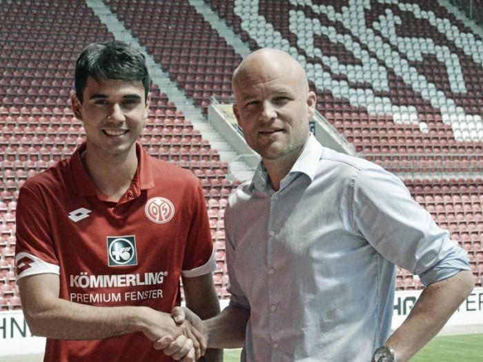 Ex-Braunschweig, meia Gerrit Holtmann assina com Mainz 05 por quatro temporadas