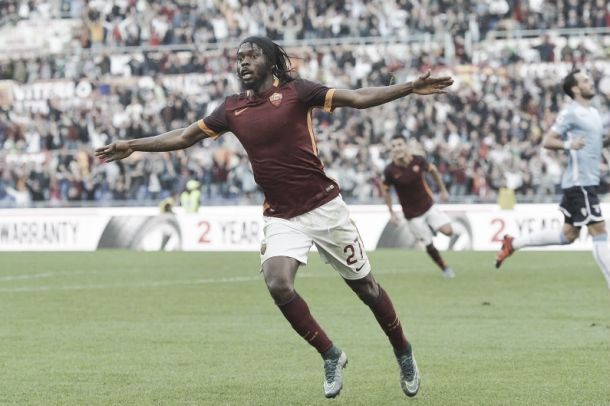 Roma vence dérbi contra Lazio e impõe terceira derrota seguida à rival