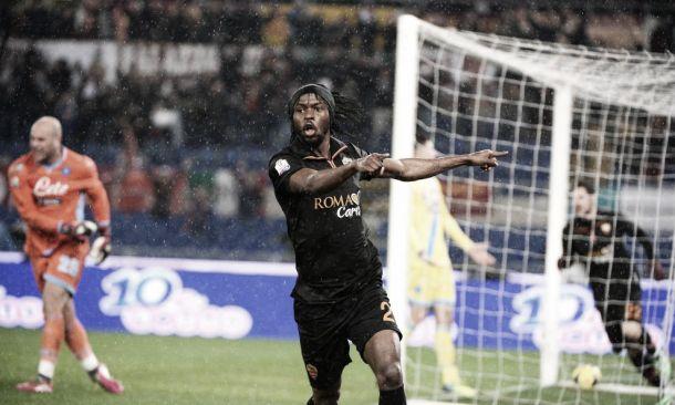 Em noite de Gervinho, Roma bate Napoli e abre vantagem por vaga na final da Coppa Italia