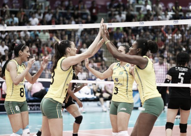 Brasil vence a Tailândia e termina a primeira fase invicto e na liderança no Grand Prix