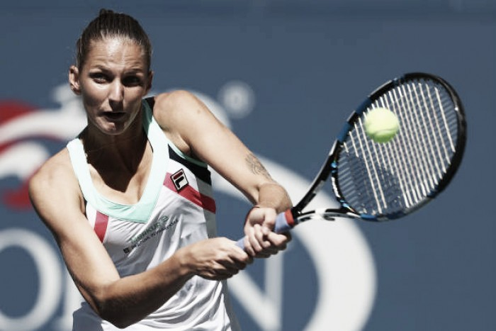 US Open: Karolina Pliskova beats Jennifer Brady in 46 minutes