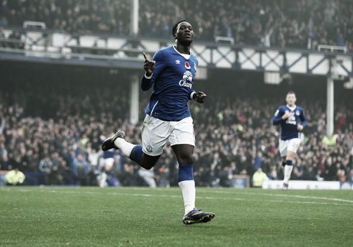 """Com futuro incerto, Lukaku anuncia saída do Everton: """"Quero ganhar títulos"""""""