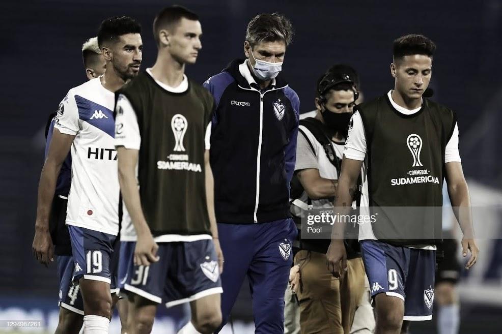 Vélez recibe a Godoy Cruz para definir la Zona B de la Complementacíon