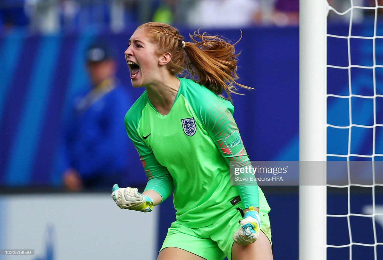Everton Women sign Sandy McIver on 18-month deal