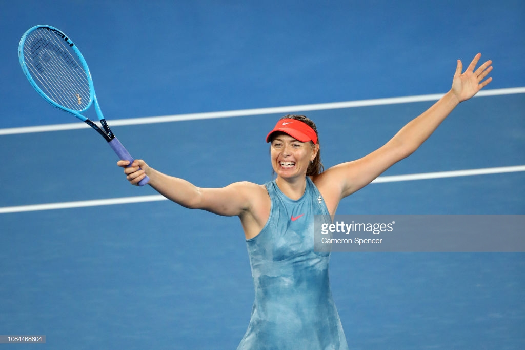 Australian Open: Maria Sharapova knocks out defending champion Caroline Wozniacki to reach last 16