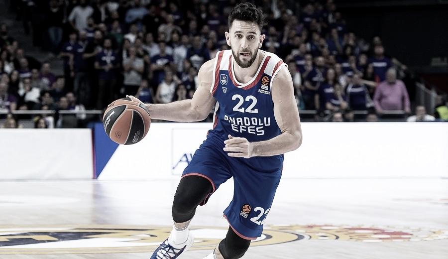 """Vasilije Micic: """"Puedo jugar un papel importante en un equipo de la NBA"""""""