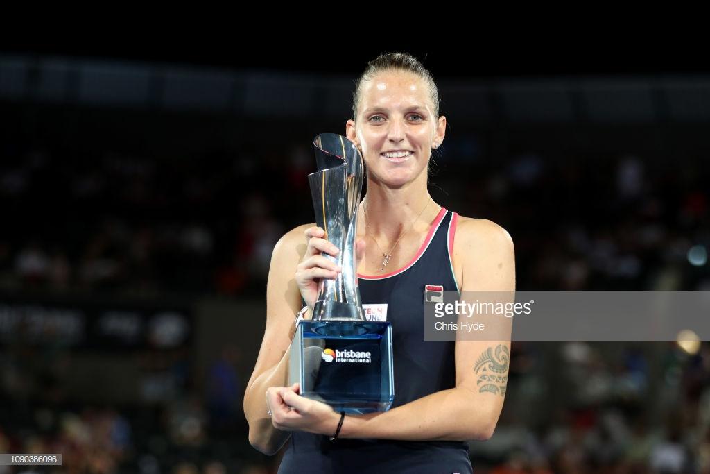 WTA Brisbane: Karolina Pliskova seals title with three-set comeback win over Lesia Tsurenko