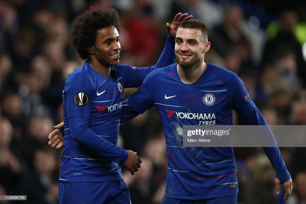 Chelsea 3-0 Dynamo Kyiv: One foot in quarter-finals for Sarri's men