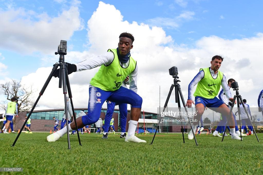 Sarri hints at first Premier League start for Hudson-Odoi