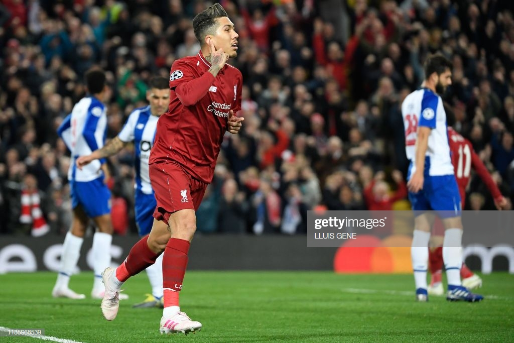 Dragão sai derrotado em Anfield
