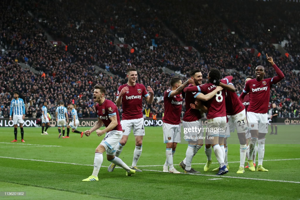 West Ham United 4-3 Huddersfield Town: West Ham's resurrection stun helpless Terriers in a seven-goal thriller
