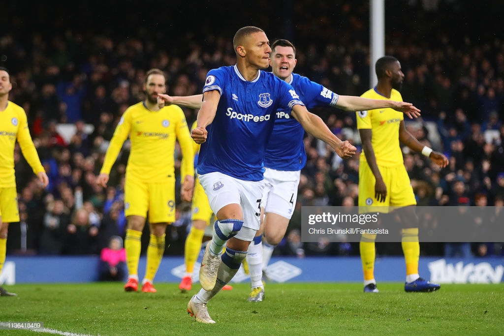 Everton 2-0 Chelsea: Sarri's lackadaisical Blues dealt further blow in top four pursuit