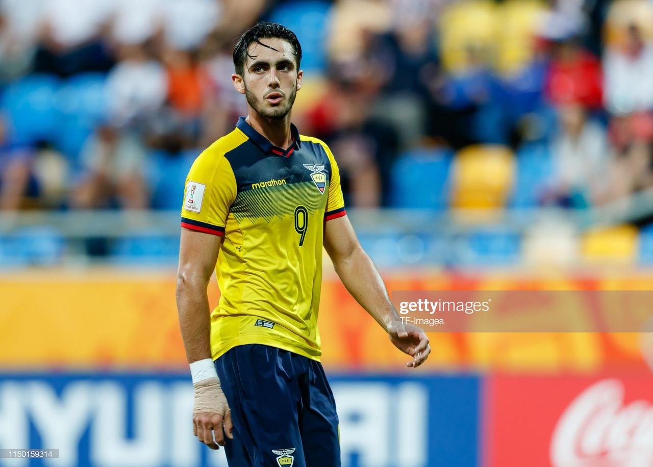 Wolves Transfer News: Wanderers in talks to sign Leonardo Campana.