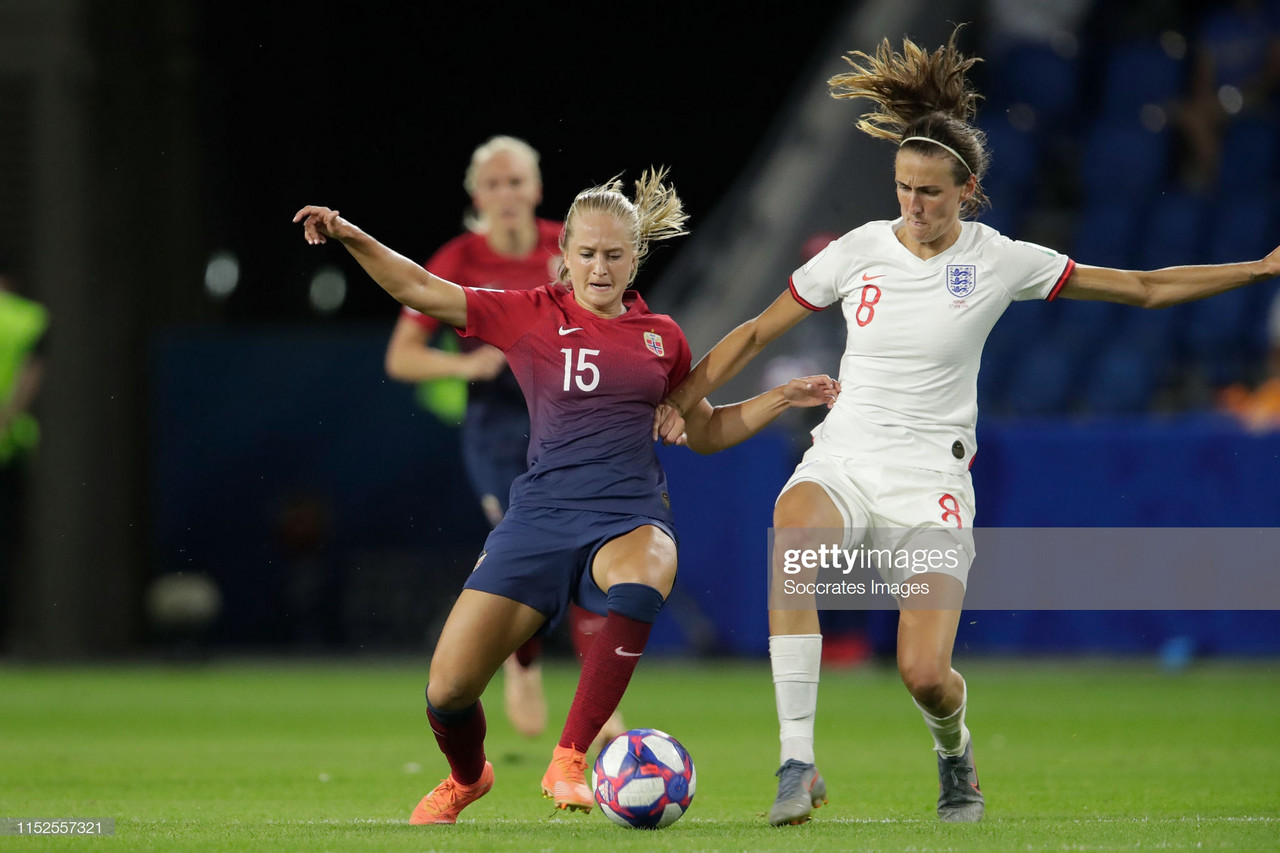 Women's World Cup: England 3-0 Norway