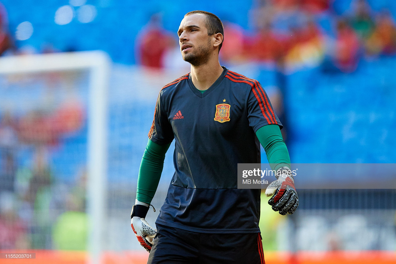 Pau Lopez completes move to AS Roma