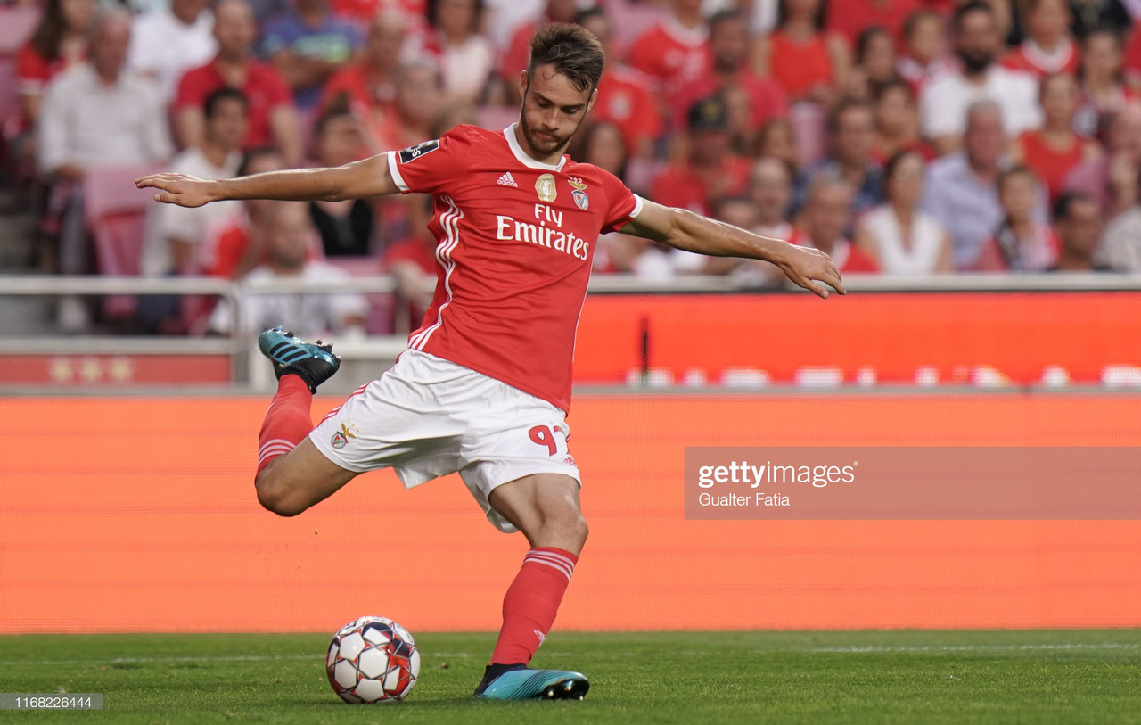 Benfica estende contracto com Francisco Ferro