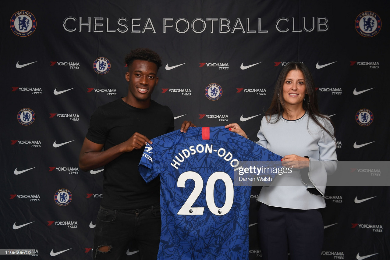 Callum Hudson-Odoi finally signs a new Chelsea contract