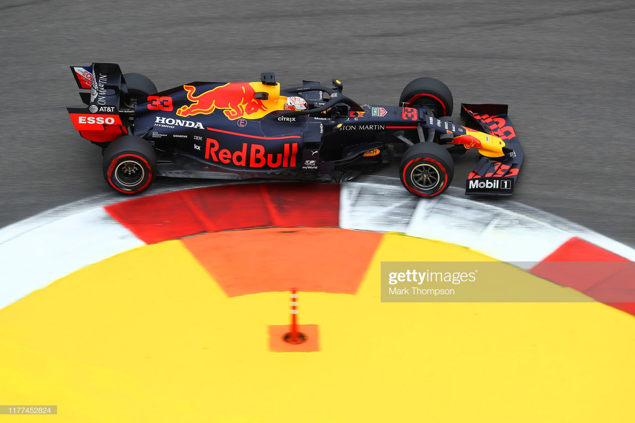 Verstappen takes top spot in FP2