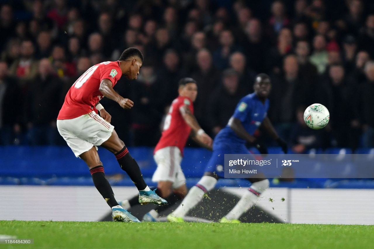 LONDON, ENGLAND - OCTOBER 30: Marcus Rashford of Manchester United scores his team's second goal from a free kick during the Carabao Cup Round of 16 match between Chelsea and Manchester United at Stamford Bridge on October 30, 2019 in London, England. (Photo by Mike Hewitt/Getty Images)