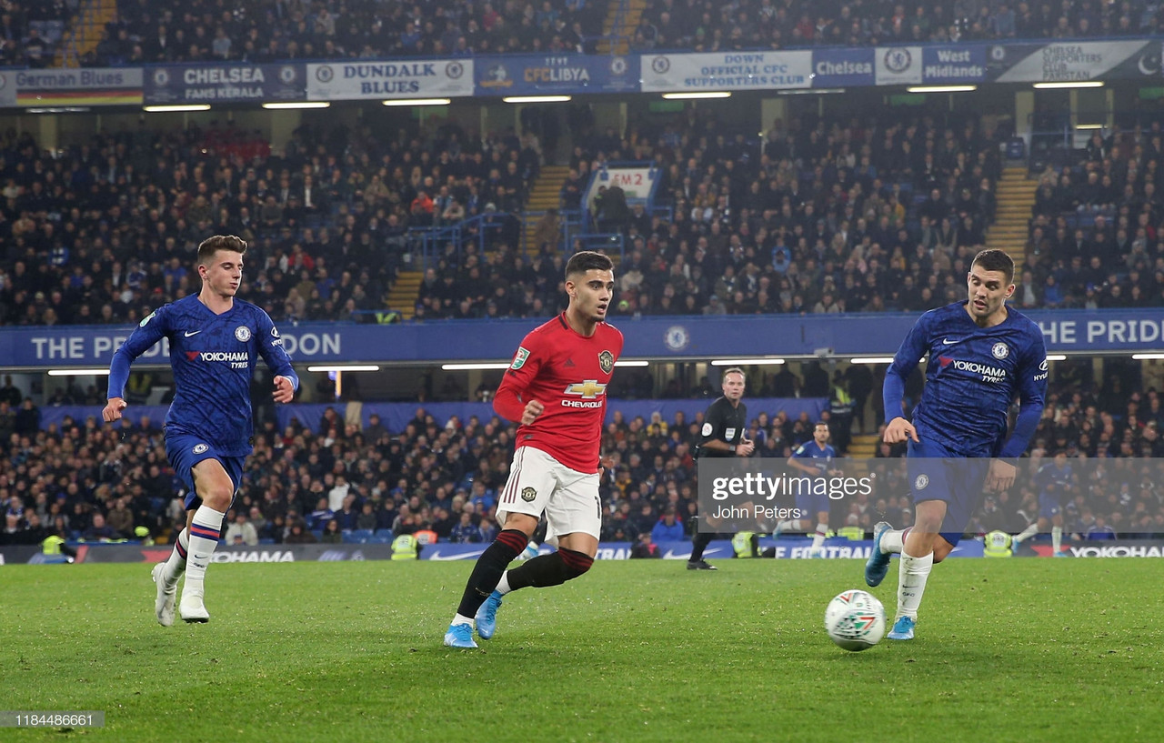 Chelsea vs Manchester United Preview: Rivals face off in crucial top four fixture