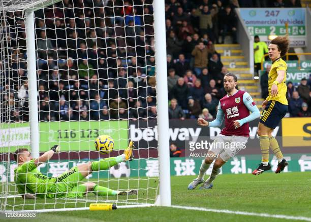 Analysis: Burnley miss chances as Arsenal go unpunished.