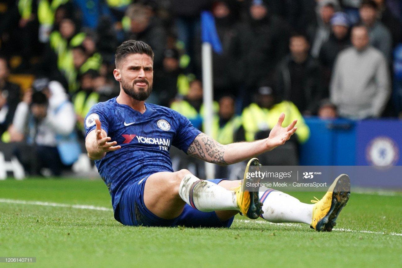 Giroud could make U-turn on Chelsea career