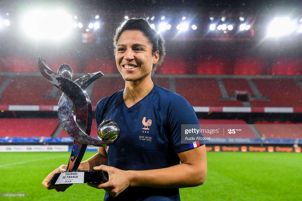 Everton sign France international Valérie Gauvin