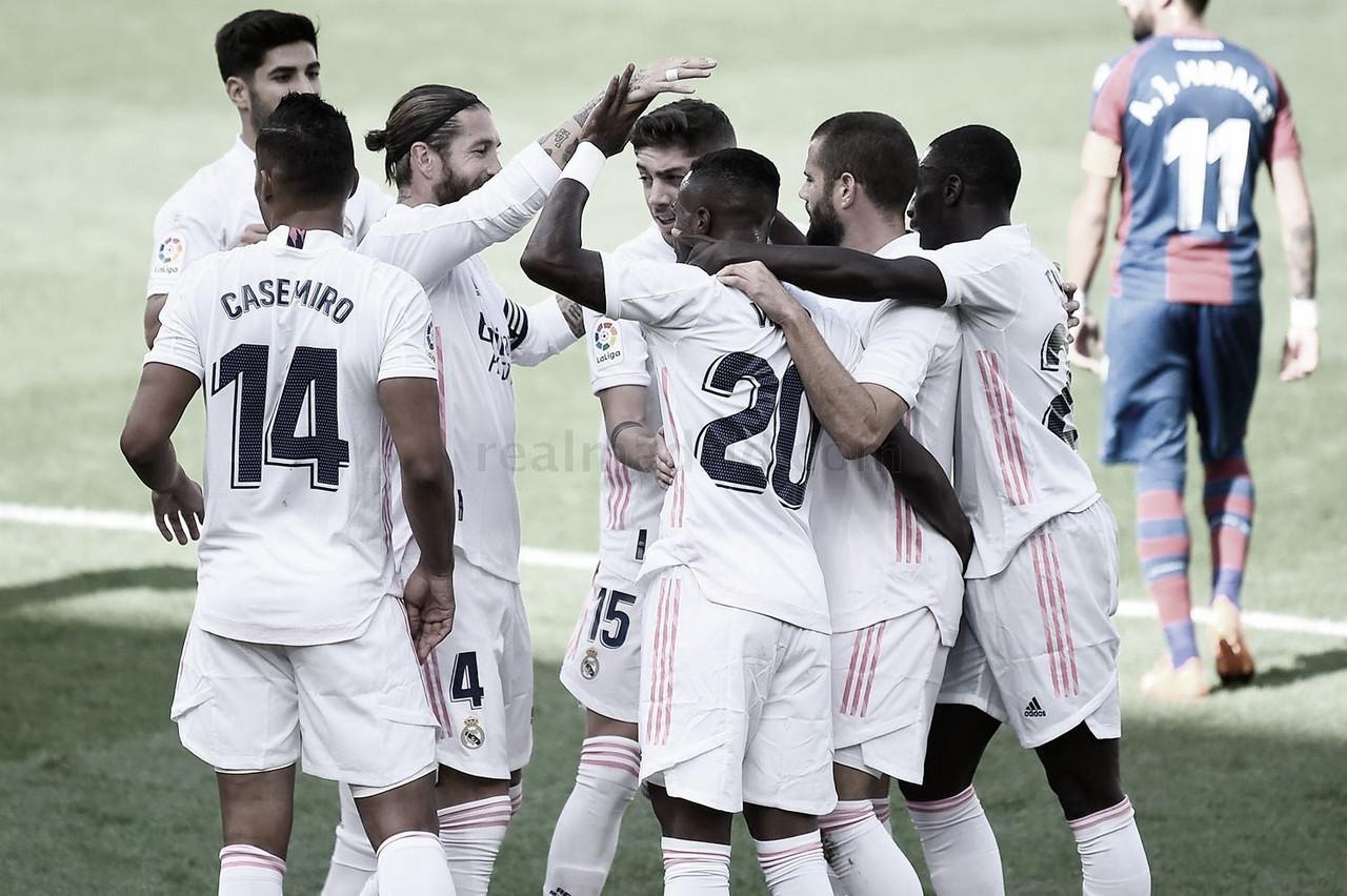 El Real Madrid firma la victoria frente al Levante (0-2)