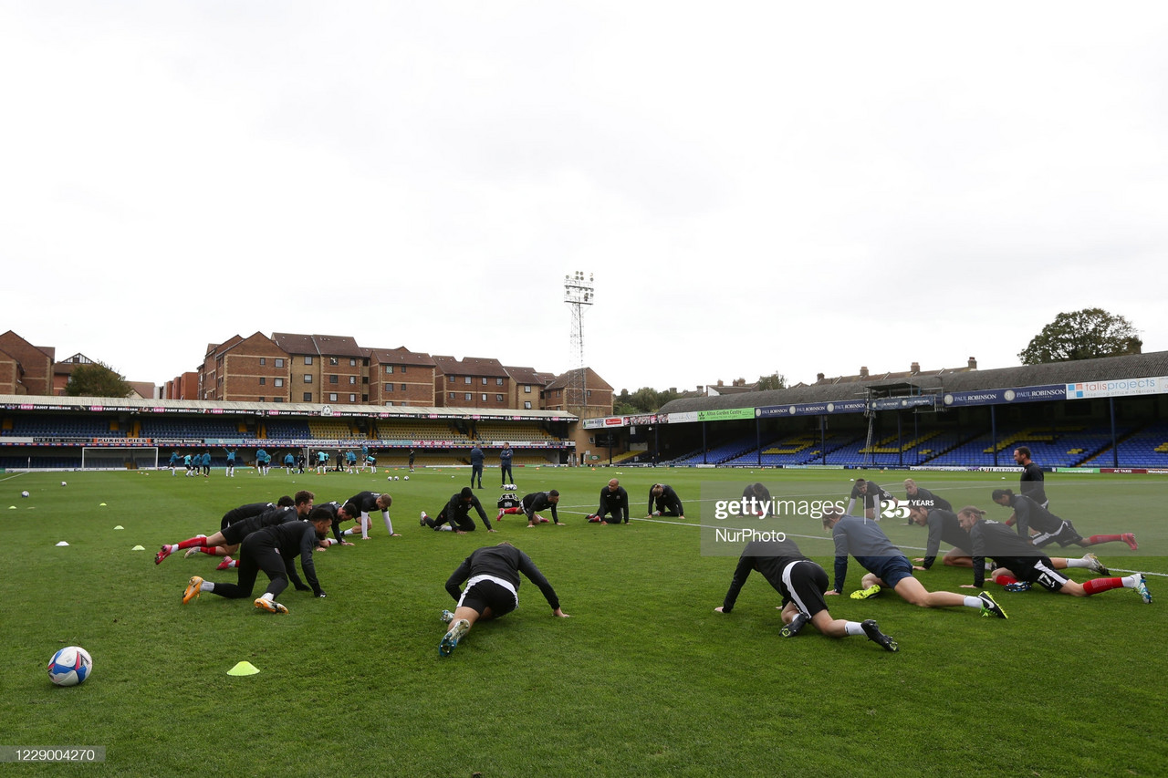 The Exeter City team warming up during the Sky Bet League 2 match between Southend United and Exeter City at Roots Hall, Southend on Saturday 10th October 2020. (Photo by Jacques Feeney/MI News/NurPhoto via Getty Images)