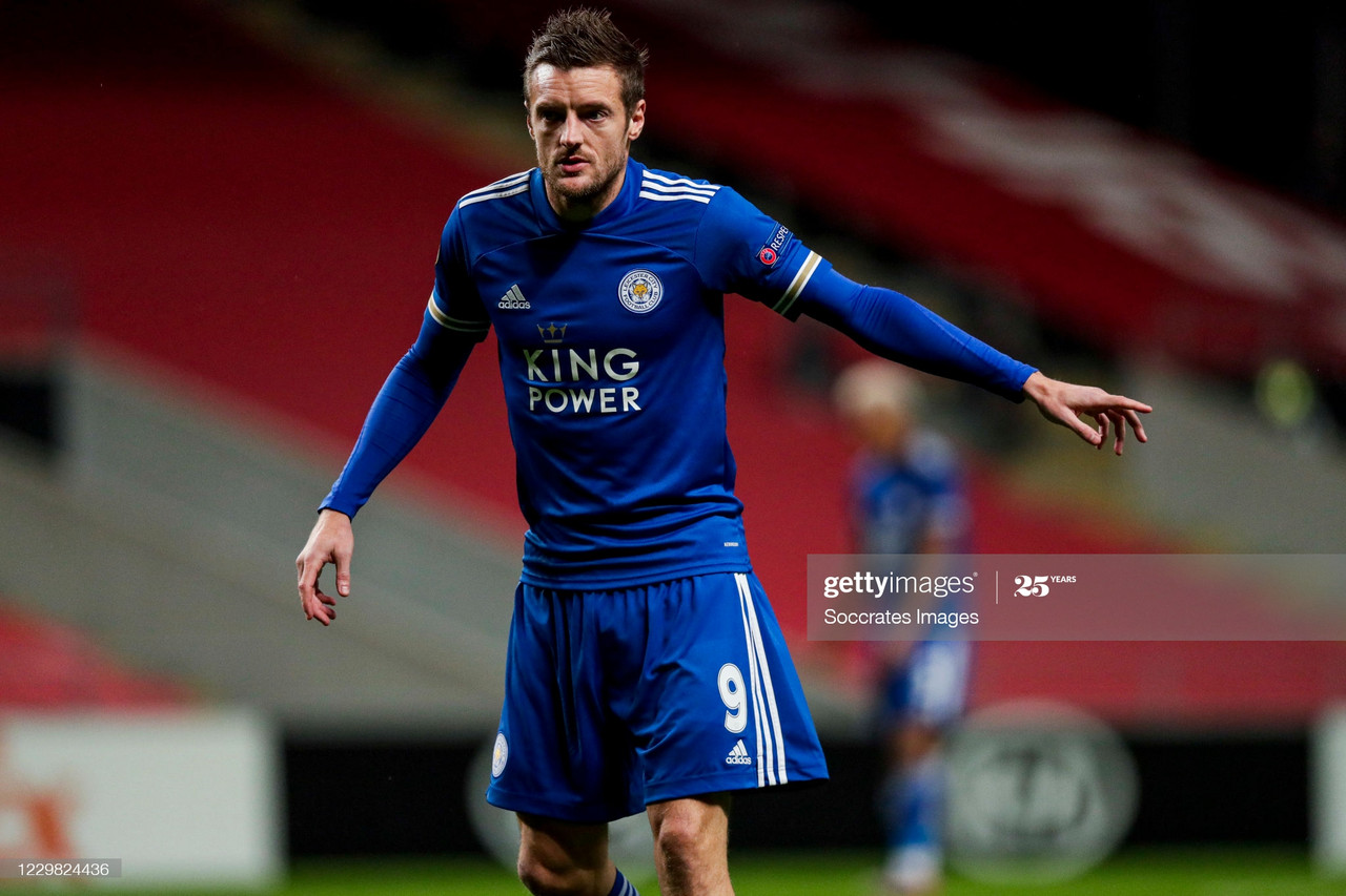 BRAGA, PORTUGAL - NOVEMBER 26: Jamie Vardy of Leicester City during the UEFA Europa League match between Sporting Braga v Leicester City at the Estádio Municipal de Braga on November 26, 2020 in Braga Portugal (Photo by David S. Bustamante/Soccrates/Getty Images)
