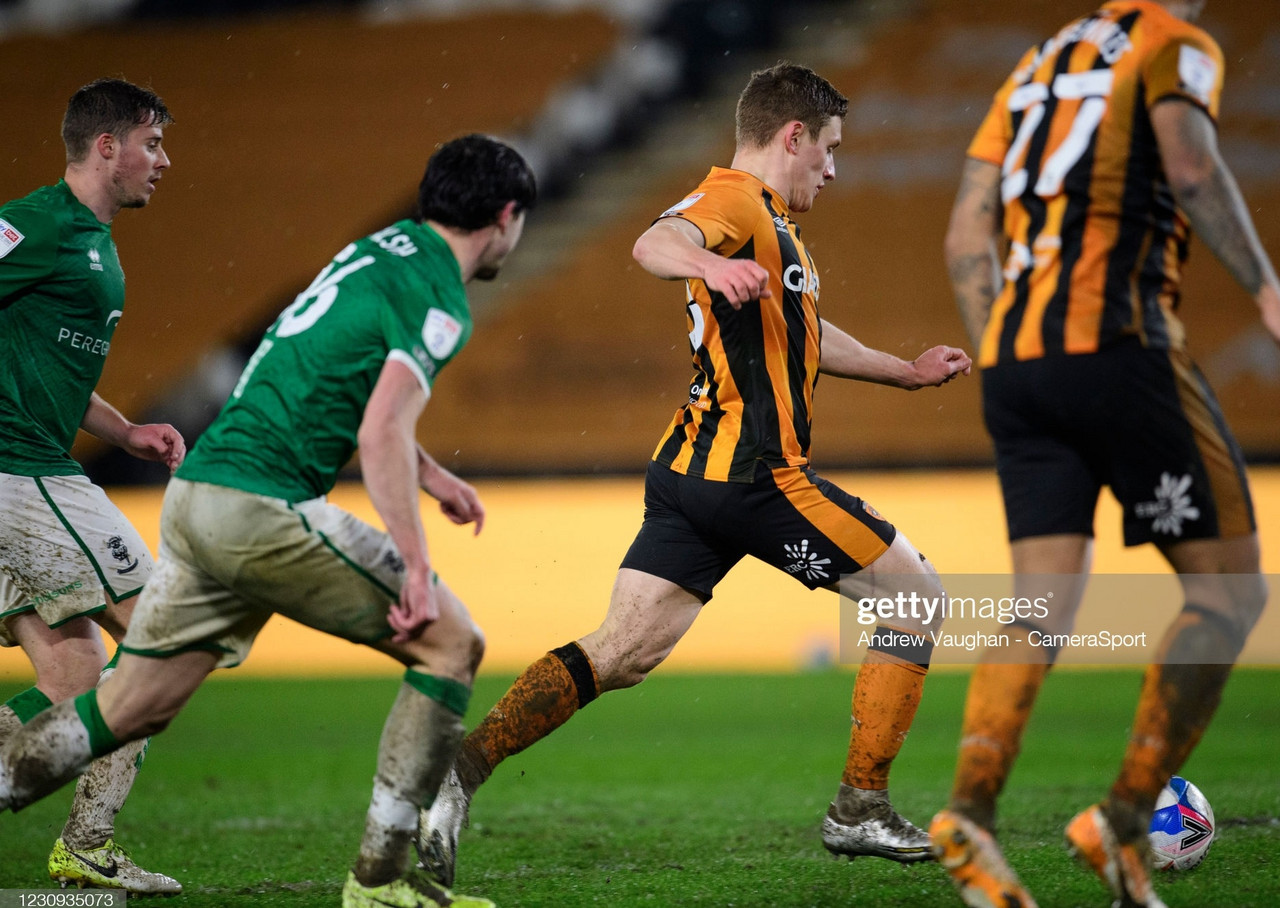 Hull City 1-1 Lincoln City: Imps win on penalties after quarter final finishes all square