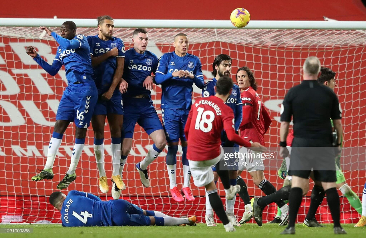 Manchester United 3-3 Everton: Everton smash and grab earns them a point