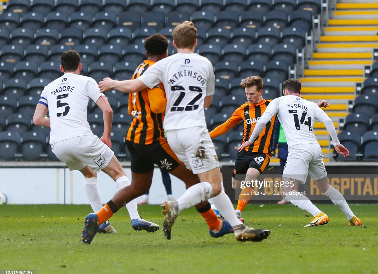 Hull City 2-0 Oxford United: Lewis-Potter inspires Tigers to victory to move six clear of Peterborough