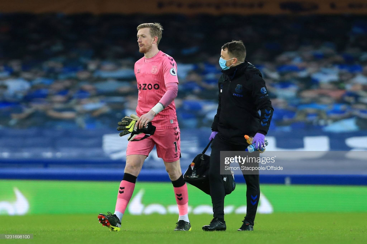 Pickford injury causes goalkeeping headache for Everton before cup quarter-final