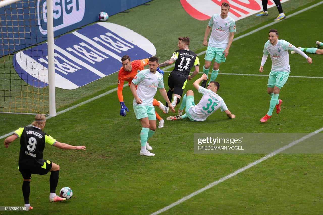 Borussia Dortmund 4-1 Werder Bremen: Dortmund keep their Champions League hopes alive