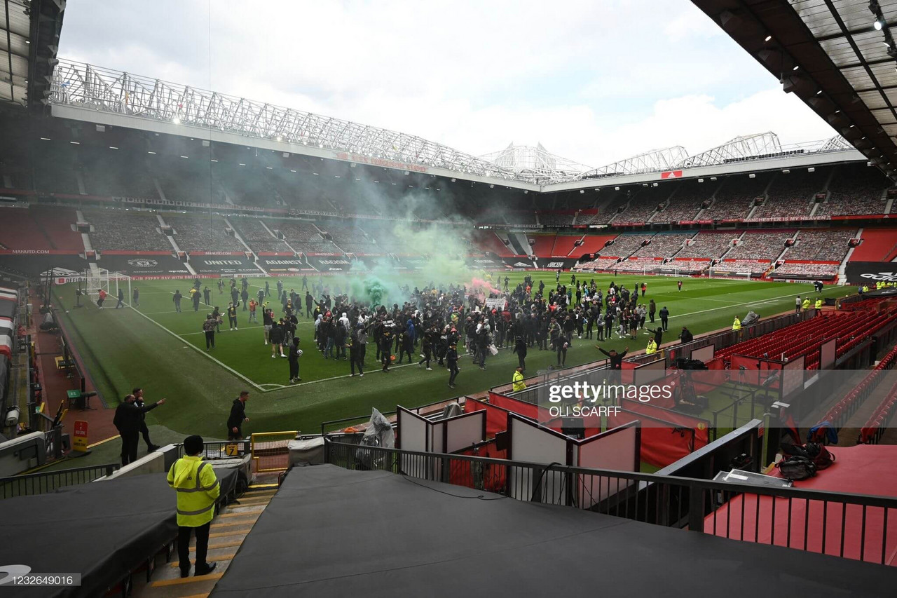 Manchester United-Liverpool postponed after fans break into Old Trafford