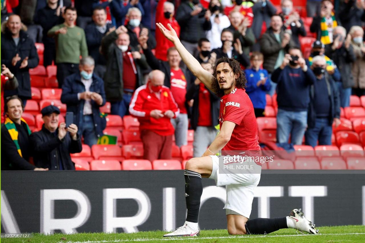 Manchester United 1-1 Fulham: Bryan equaliser dampens Cavani wonder goal