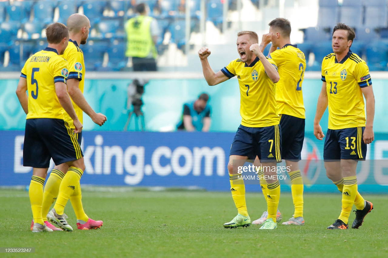 Sweden 1-0 Slovakia: Forsberg penalty lifts Blågult to top of Group E