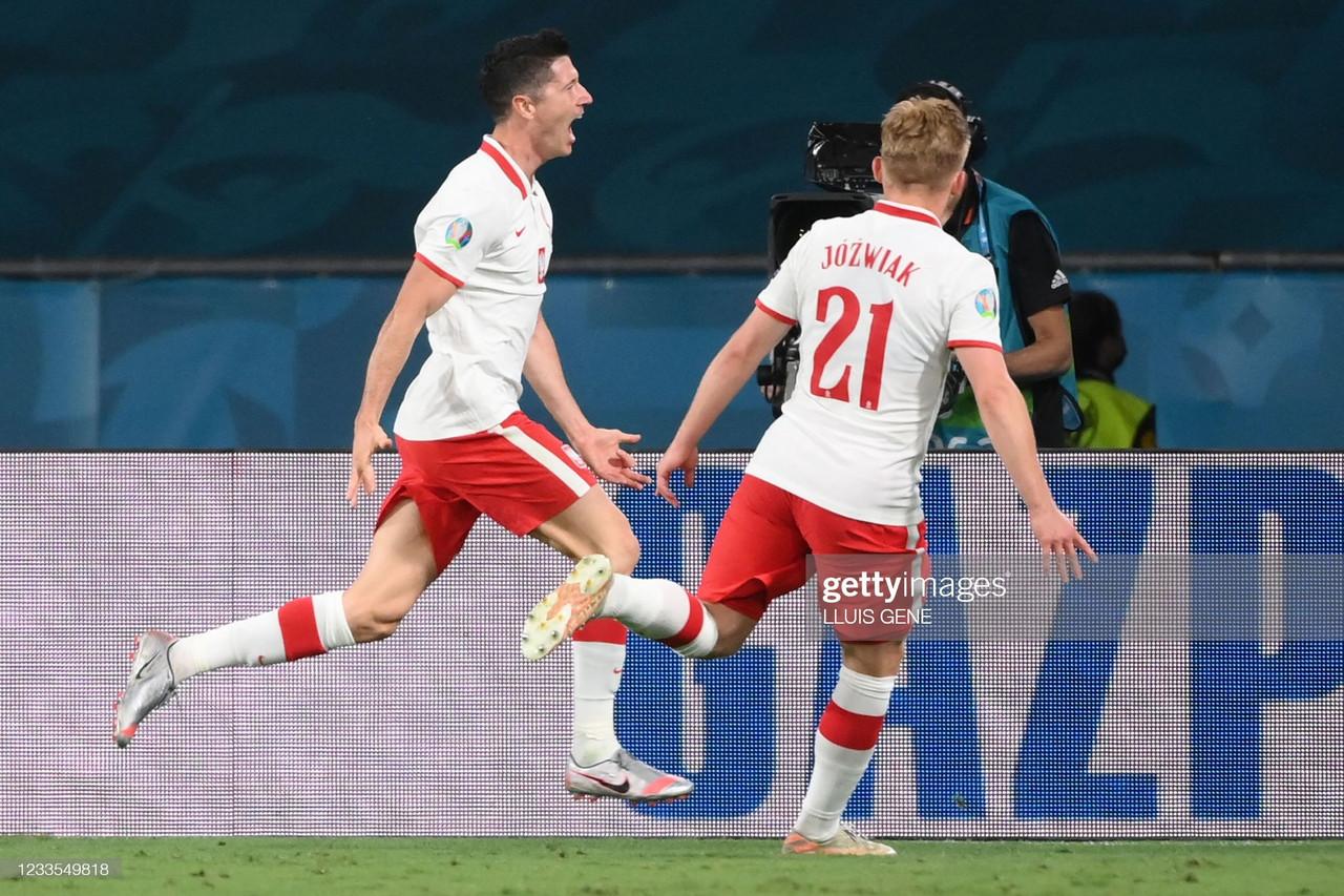 Spain 1-1 Poland: Lewandowski header earns Poland crucial point against Spain