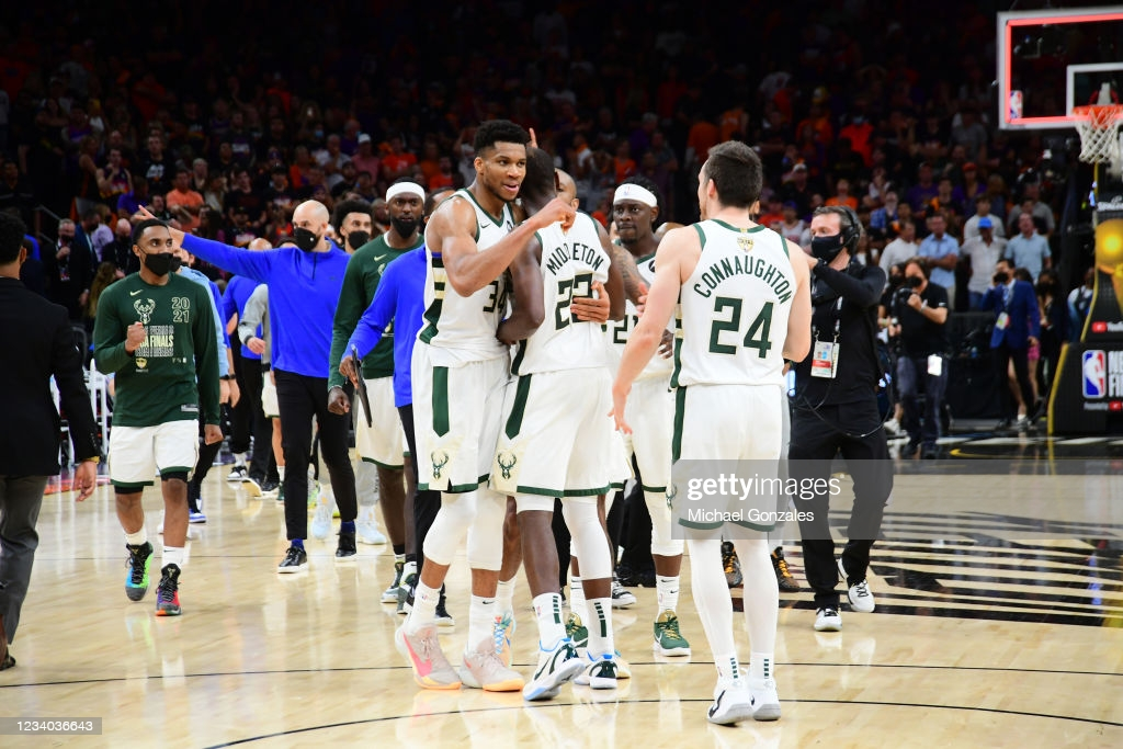 2021 NBA Finals: Bucks hold off Suns in Game 5