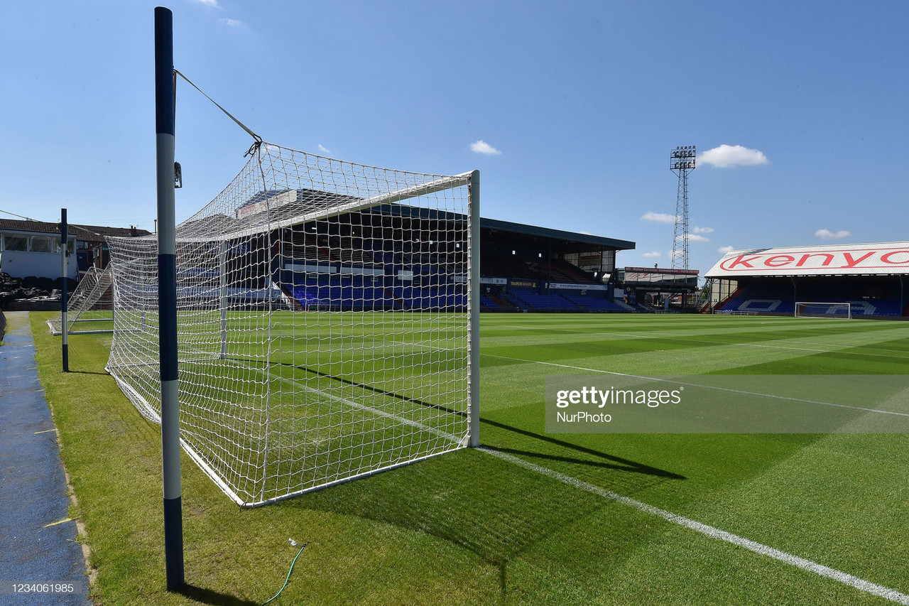 Oldham Athletic vs Burnley preview: kick-off time, team news, predicted lineups and ones to watch.