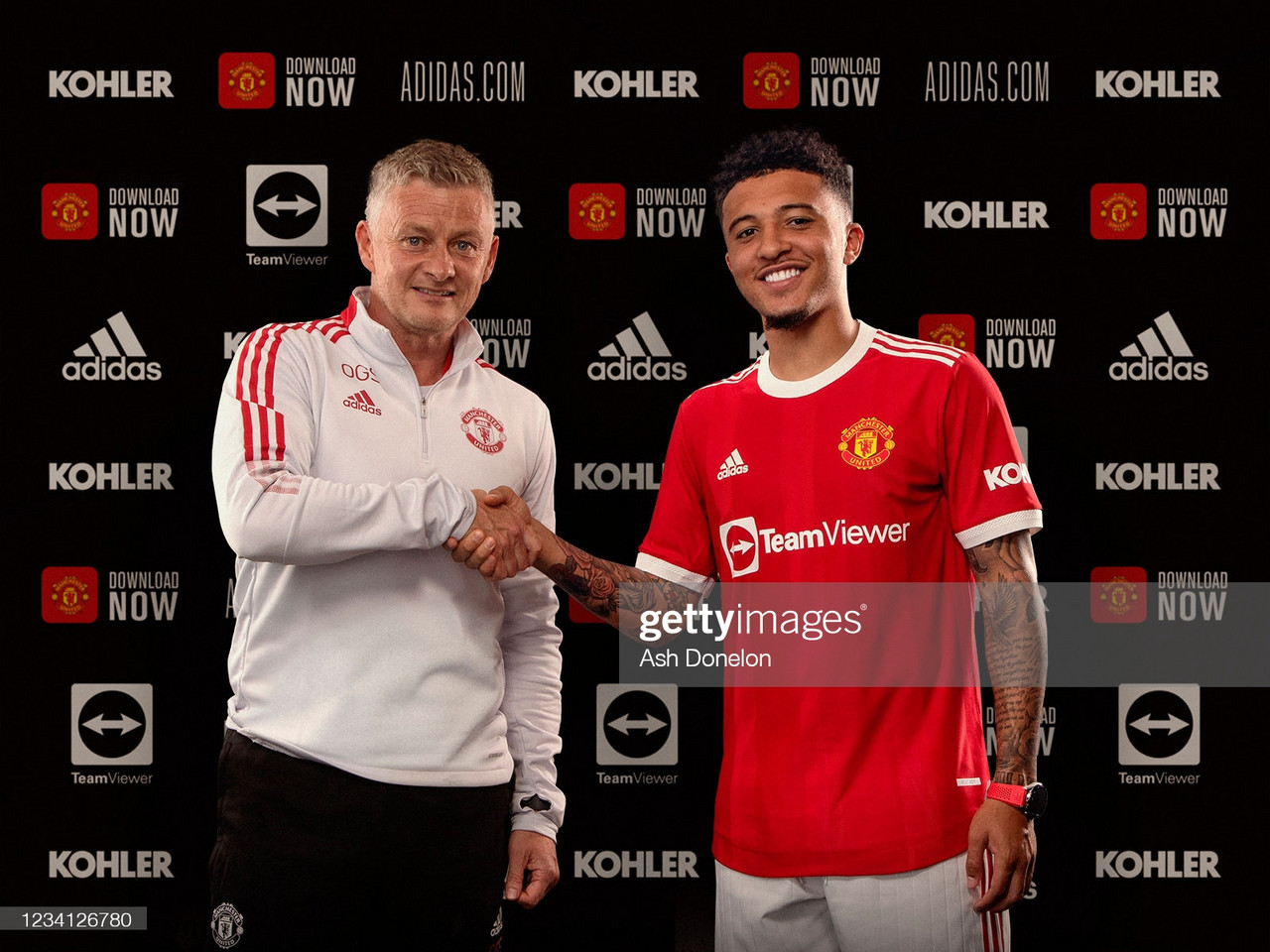 Manchester United announce Jadon Sancho on five-year deal