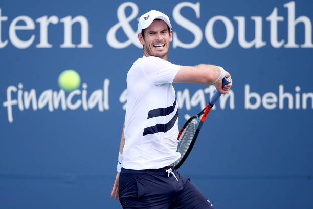 ATP Western and Southern Open: Andy Murray upsets Alexander Zverev