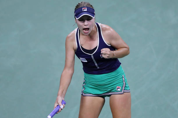 US Open: Sofia Kenin downs Ons Jabeur to reach fourth round